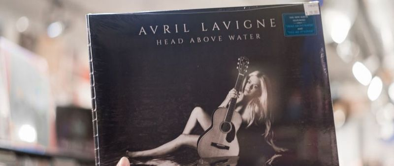 Featured Artist: Avril Lavigne,